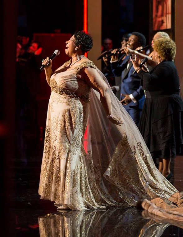 Aretha Franklin Singing for Carole King at the Honors 2015