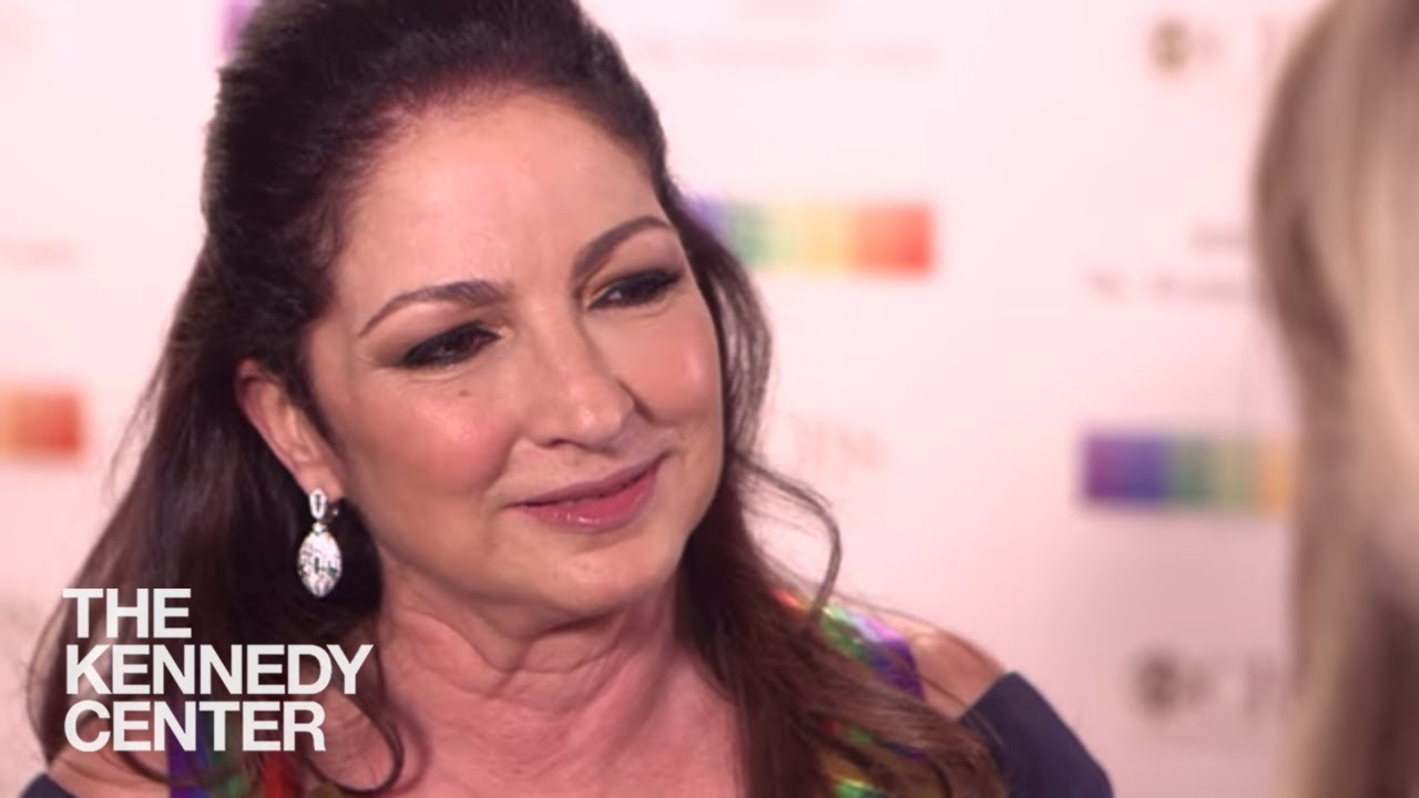 Gloria Estefan - 2017 Kennedy Center Honors (Red Carpet)