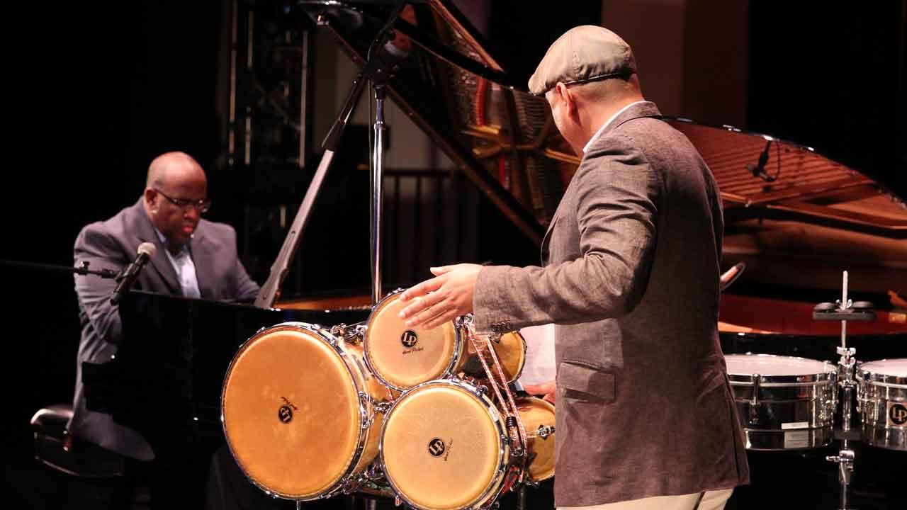 <em>Artes de Cuba</em>: Adonis Gonzalez (Atlanta) &amp; Mauricio Herrera (New York)