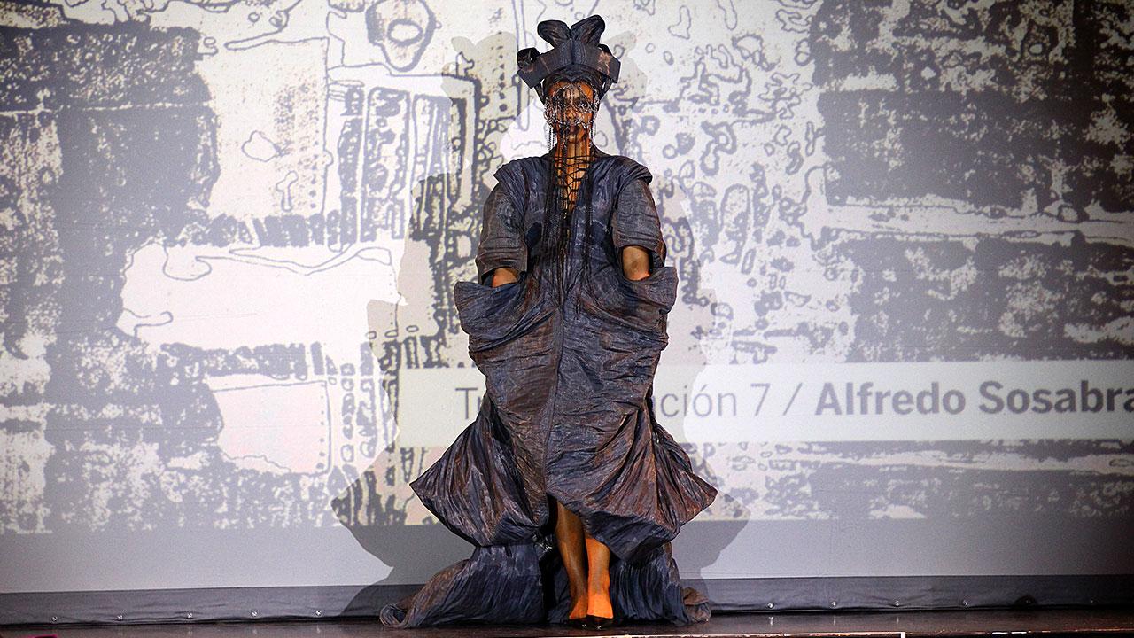 <em>Artes de Cuba</em>: Arte y Moda Fashion Show (Havana)